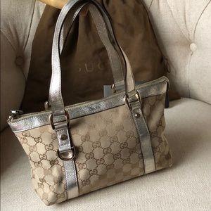 Authentic vintage Gucci mono GG Abbey tote handbag